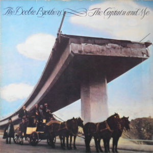 The Doobie Brothers – The Captain And Me
